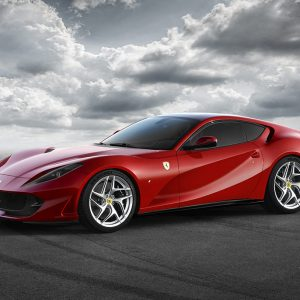 The Ferrari 812 Superfast: the new, extreme performance V12 Berlinetta