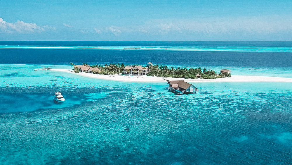 Luxury Experiences | Four Seasons Maldives, Voavah, Private Island