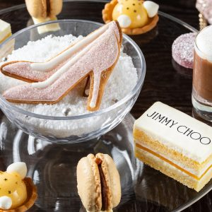 Four Seasons Hotel Tokyo At Marunouchi: Jimmy Choo Limited-edition Afternoon Tea