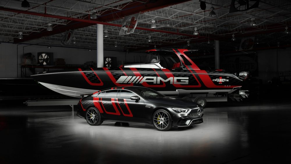 Driving Performance on land and on water: 41′ AMG Carbon Edition