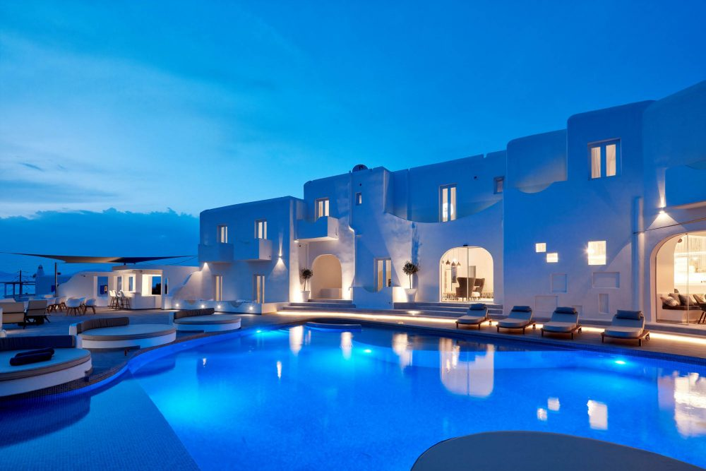 Absolut Mykonos, Discover a place of expression