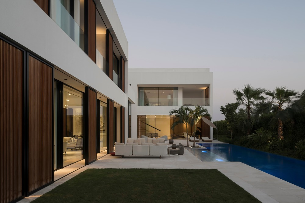 The Burj Residence Dubai by VSHD Design