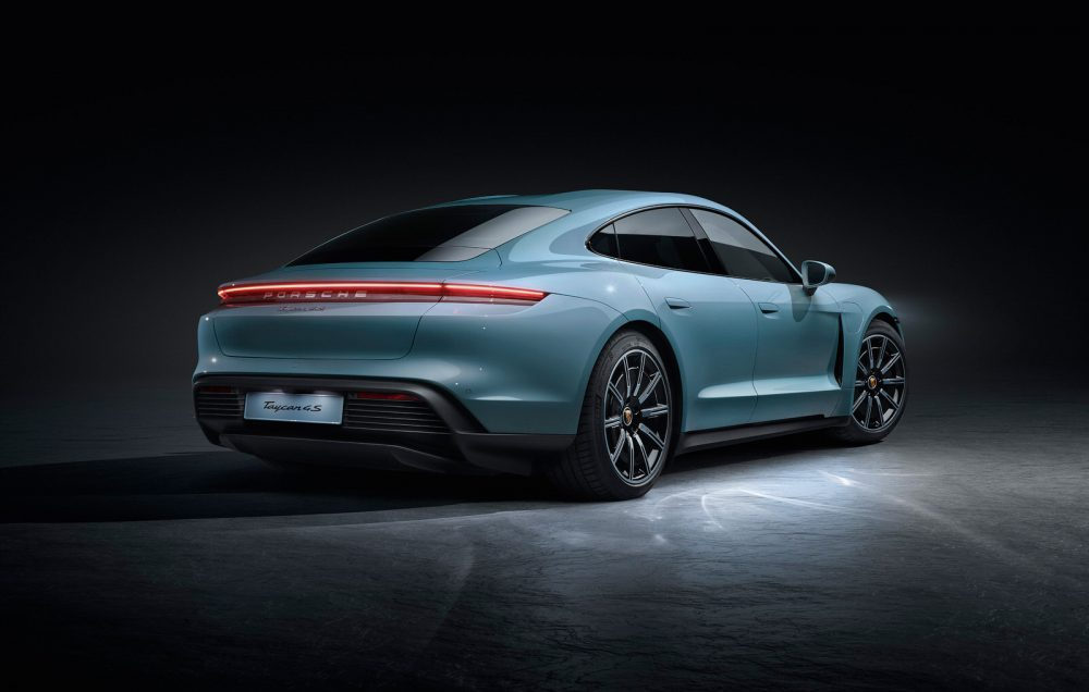 2020 Porsche Taycan 4S, innovative powertrain and dynamic performance