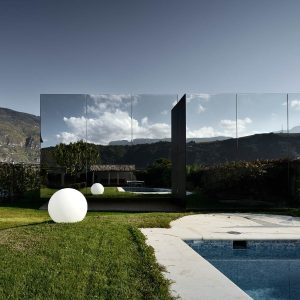 The Mirror Houses are ideal for architecture-affine and nature-loving life connoisseurs