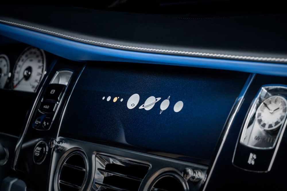 Bespoke Rolls-Royce Wraith features unique air-brushed artwork