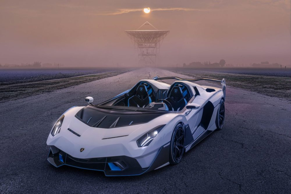 Lamborghini SC20: the unique open-top track car by Squadra Corse