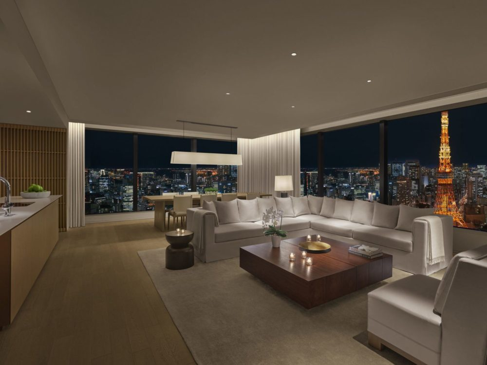 The Tokyo EDITION, Toranomon offers a breathtaking glimpse of the Tokyo skyline