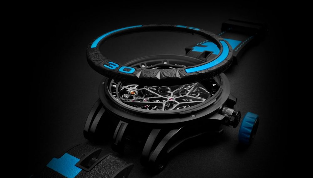 The Roger Dubuis Excalibur Spider Pirelli provides interchangeability in one click