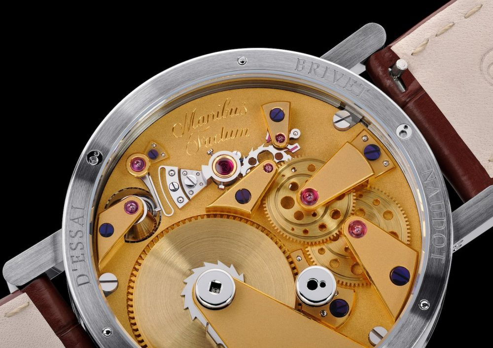 Discover independent creative watchmaking with the Eccentricity Réserve de Marche by Cyril Brivet-Naudot
